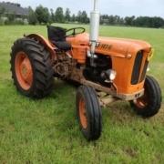 agrarische oldtimer (FIAT 312 R)